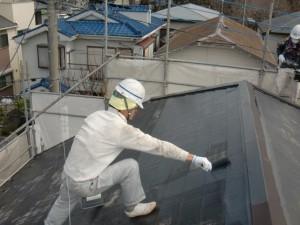 5大屋根中塗り施工中