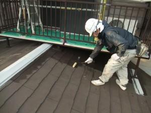 2015.02.6N様⑨下屋根下塗り施工中