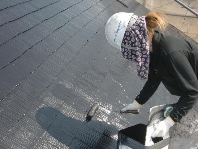 2015.07.24S様邸⑫屋根上塗り2回目施工中