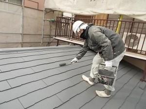 2015.02.6N様⑪下屋根上塗り施工中