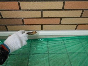 2014.12.26K様邸㉛水切り上塗り施工中