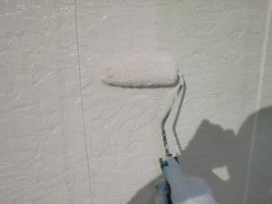 2014.12.26K様邸⑨2階外壁中塗り施工中