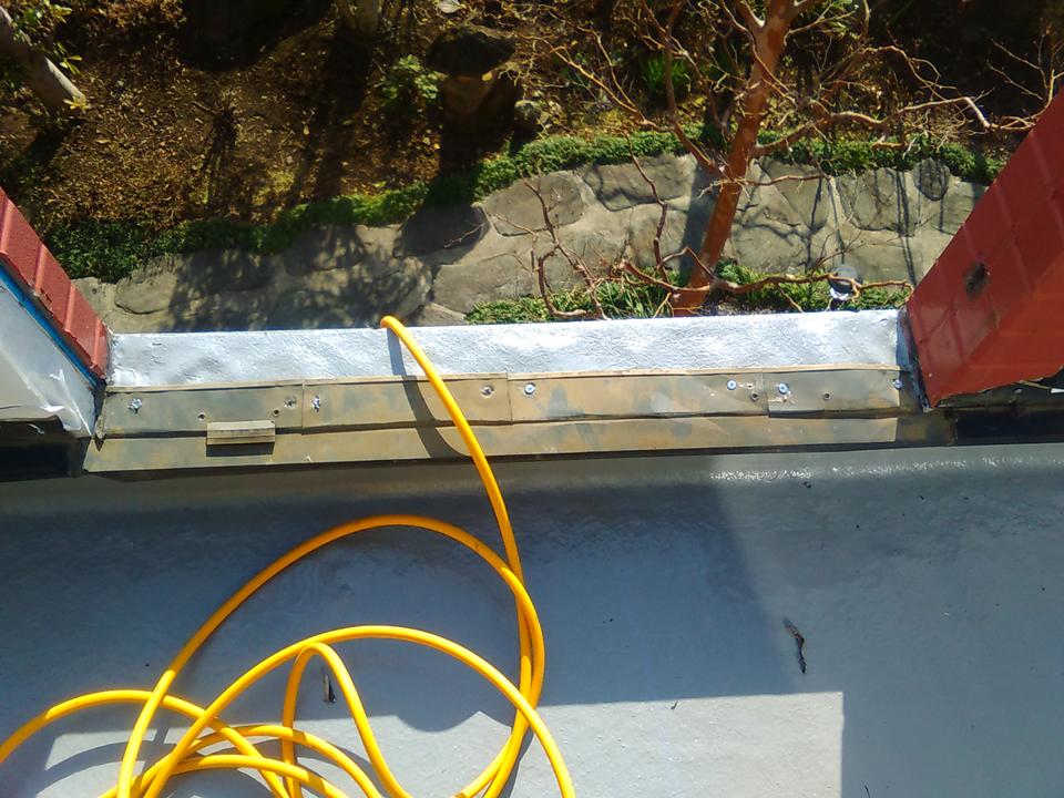 20170224M様邸㉙水切り取付施工中