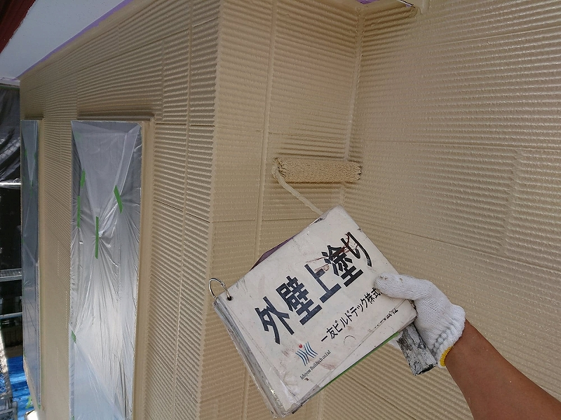 20181207A様邸④外壁上塗り
